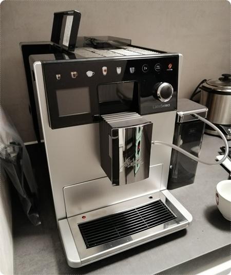 Melitta LatteSelect Kaffeevollautomat - Erster Eindruck, Aufbau und Einrichtung