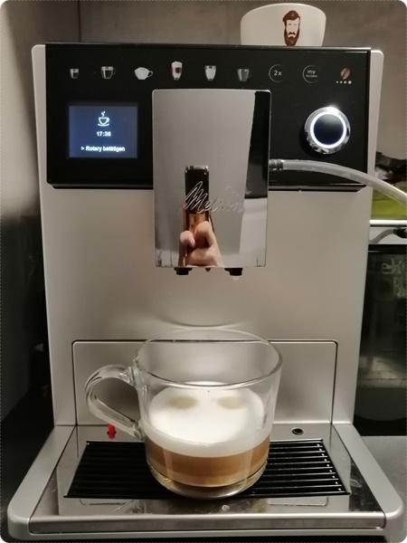 Melitta LatteSelect Kaffeevollautomat – Cappuccino, Americano und Latte Macchiato