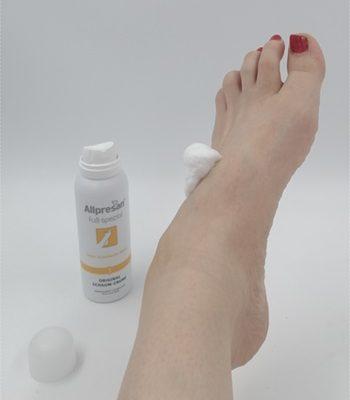 Fußpflege kann so angenehm sein – Schaum-Creme Fuß spezial Nr. 3 von Allpresan